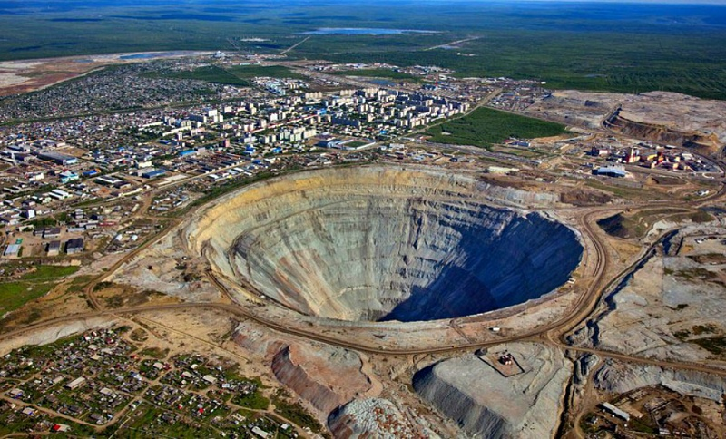 More than 130 Russian miners trapped underground after sudden flood at diamond mine in Siberia